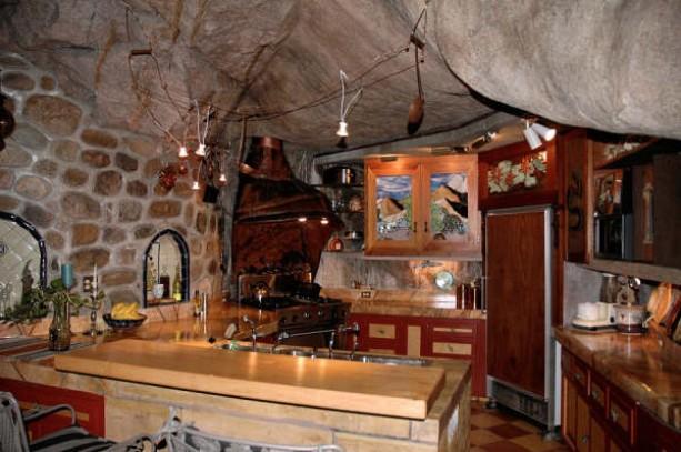 Cave-house-in-Arizona4.jpg